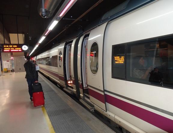Tren Ave Madrid Valladolid