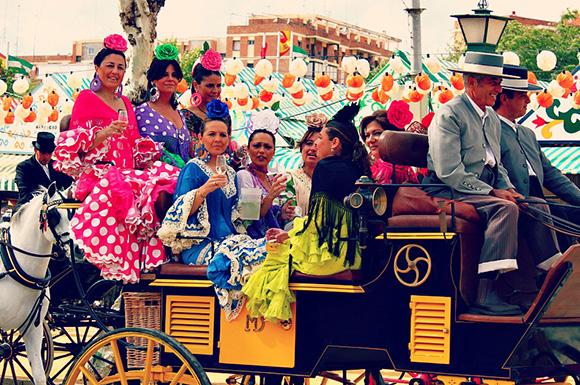 Disfruta de la Feria de Abril y de estas exposiciones viajando en AVE