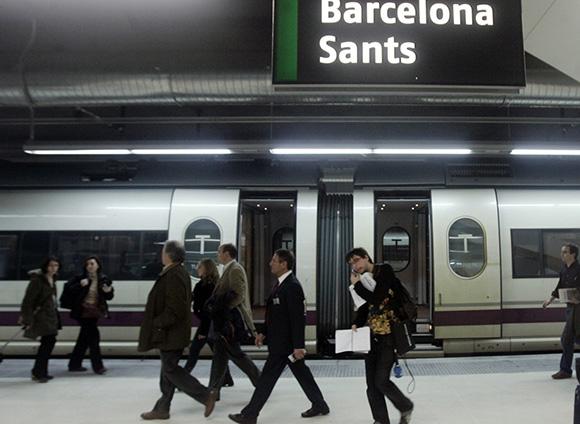 Disfruta de estas exposiciones haciendo un viaje barato en AVE a Barcelona