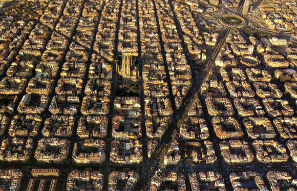 Los turistas puntúan a la ciudad de Barcelona con un 8'6