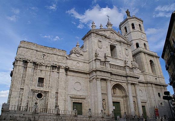 Disfruta de Valladolid haciendo un viaje barato en AVE