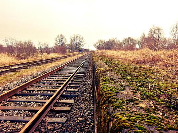 Viaja en trenes AVE a conocer el Sitio de los Dólmenes de Antequera