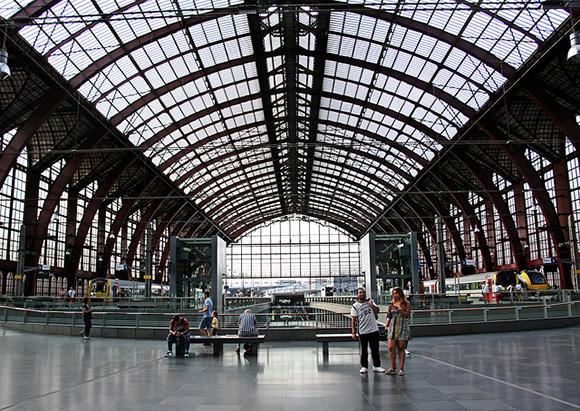 Viajar en trenes AVE es una de las mejores opciones de transporte en la actualidad