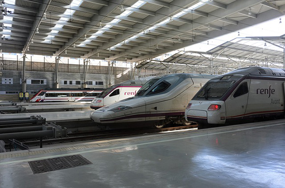 Acude en trenes AVE baratos a Fitur 2018