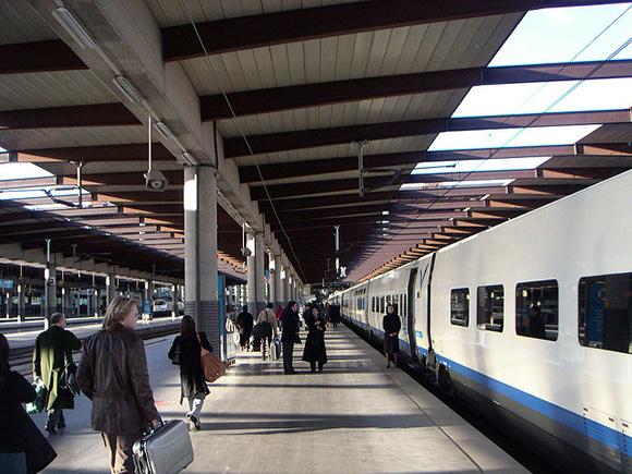 Los españoles viajaron más en 2017 y muchos eligieron trenes AVE