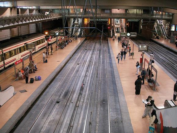 Los usuarios de trenes AVE aumentaron un 3% en abril 2018