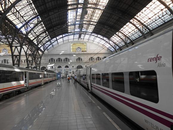 Los usuarios de trenes AVE aumentaron en junio 2018