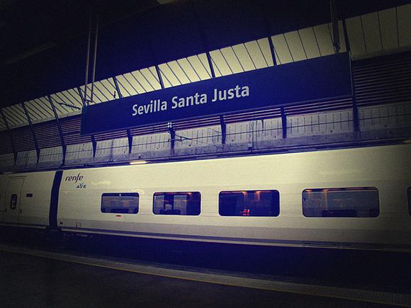 Más viajeros en los trenes AVE Madrid Sevilla hasta junio 2018