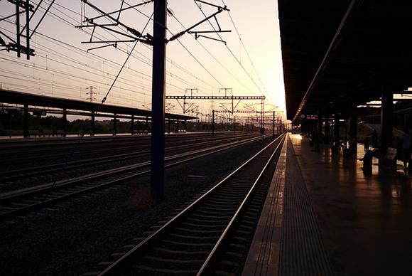 En la línea AVE Madrid Lleida se va a instalar nuevo cableado en 2018