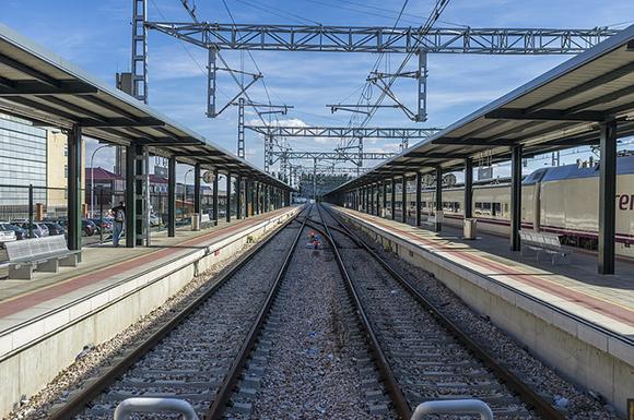La puntualidad de los trenes AVE Málaga Madrid hasta 2018